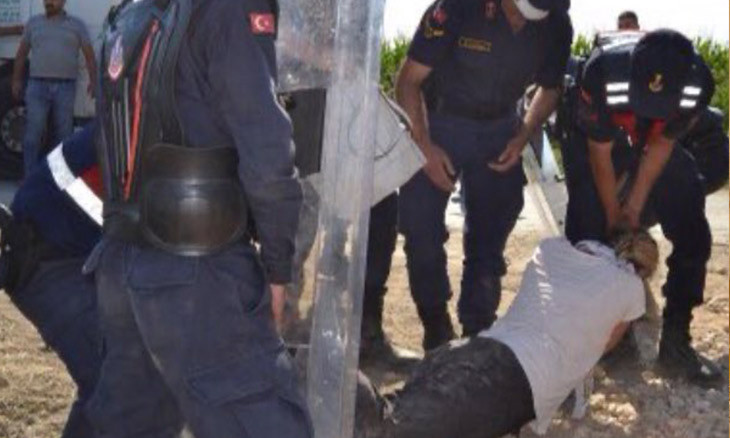 Gendarmerie spray teargas 'close-up, directly' on villager protesting power plant