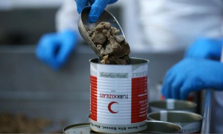 Canned meat supplied by Kızılay spotted in hotel co-owned by AKP lawmaker, brother
