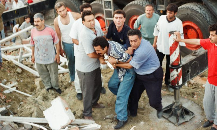 Turkey remembers victims of 1999 earthquake, as experts raise alarm on no progress in taking measures