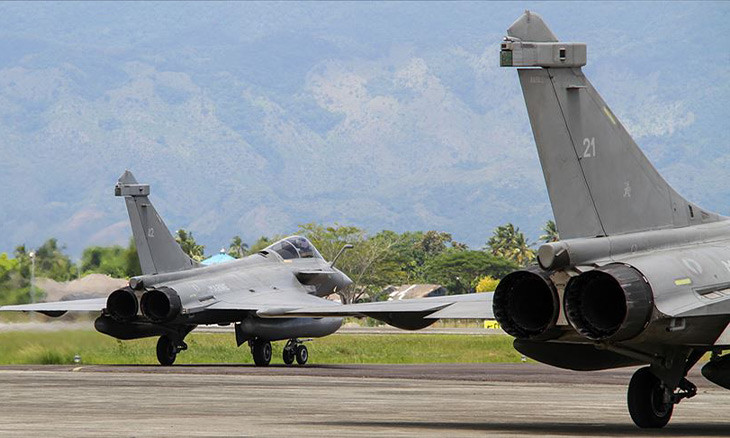 French jets 'land in Greek Cyprus as part of defense agreement'