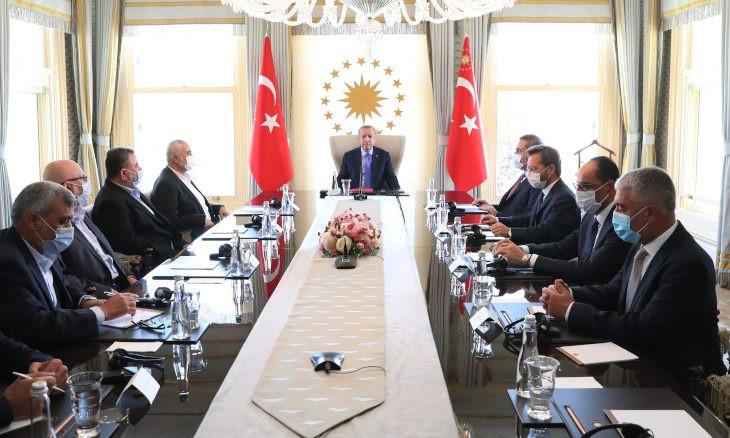 Erdoğan meets with Hamas leaders, including Saleh al-Arouri, in Istanbul