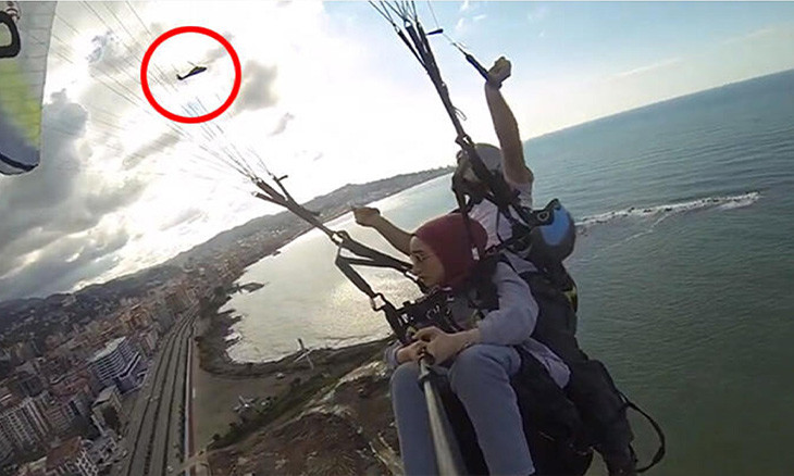 Paragliders forced to land by police due to Erdoğan's visit to area below them