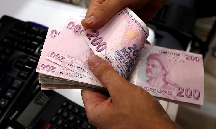 Turkish Lira hits record lows against dollar