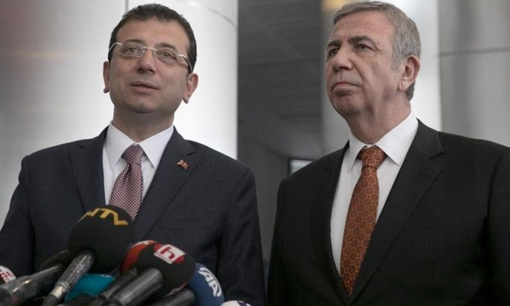Ankara, Istanbul mayors refute Health Ministry data on COVID-19, say number of deaths, cases are higher