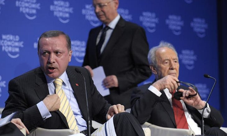 Peres apologized to Erdoğan over my personal phone after Davos spat, Davutoğlu says