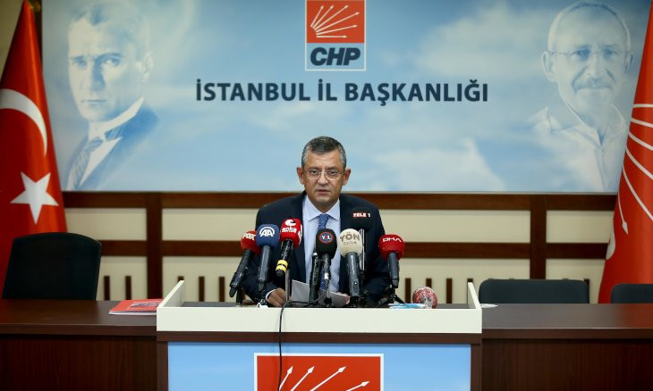 Turkish main opposition asks gov't to reveal the politician who accepted a bribe from Zarrab