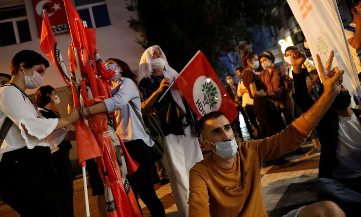 European Parliament deputies condemn new crackdown on HDP