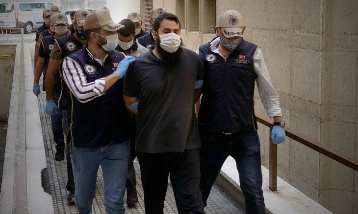 Turkish court arrests four people over ISIS propaganda on social media