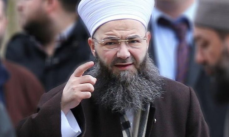 Islamist cult leader voices readiness to name 150 Salafi associations taking up arms to fight in Turkey