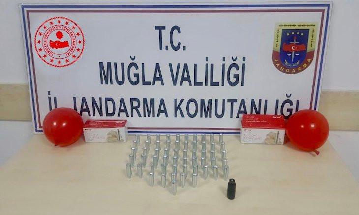 Police apprehend dealers for selling drug-filled balloons in Turkey's Fethiye