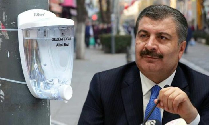 Most sanitizers used in Turkish hospitals are fake, pharmaceutical company head tells health minister