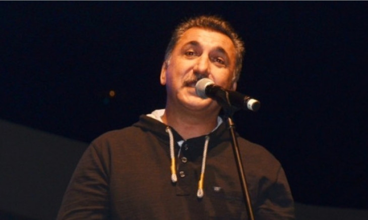 Istanbul court issues arrest warrant for Kurdish singer Ferhat Tunç over tweets said to be 'insulting president'