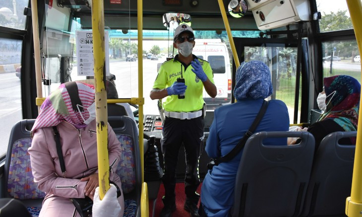 Istanbul governor's office announces new measures for public transport amid COVID-19 outbreak