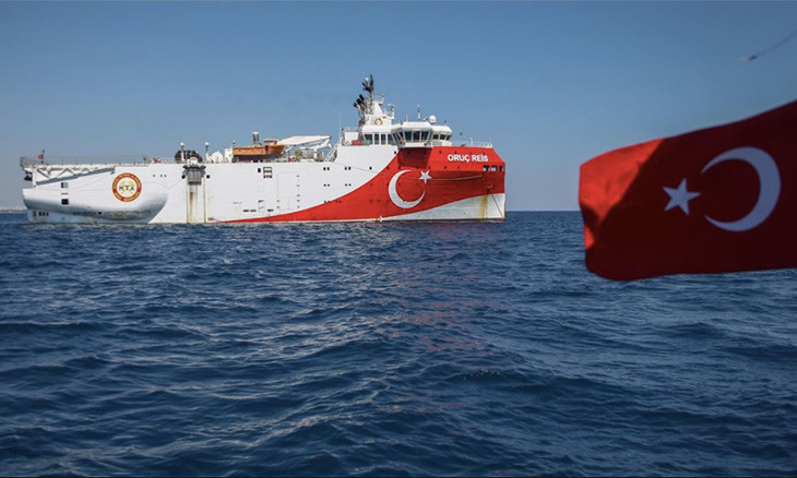 Management of Turkey's top East Med search vessel signed to close friend of former PM Yıldırım