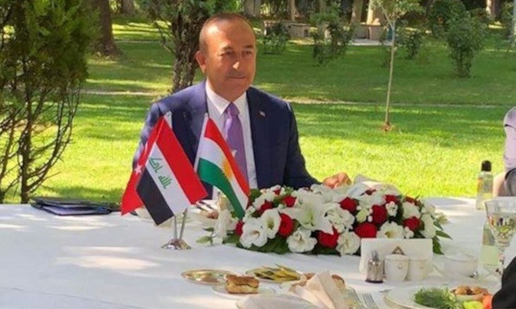 İYİ Party official insults KRG flag placed on table during meeting between Çavuşoğlu, Barzani
