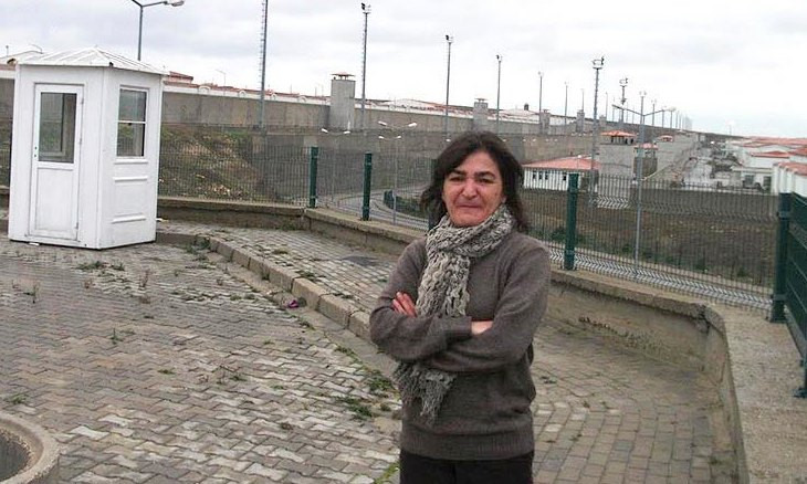 Ankara court orders continued arrest of OdaTV journalist Müyesser Yıldız