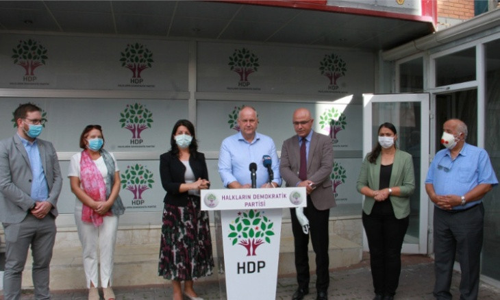 Swedish politicians visit HDP headquarters amid latest crackdown on party