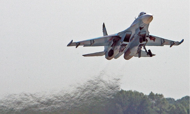 Russian fighter Su-27 intercepts 4 UK military aircraft over Black Sea