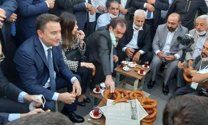 Diyarbakır residents hopeful that DEVA leader Babacan will get AKP votes