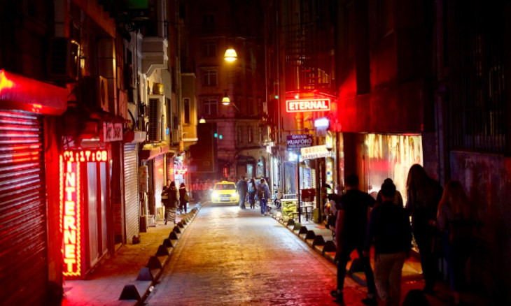Tough times for Istanbul, tougher times for Beyoğlu