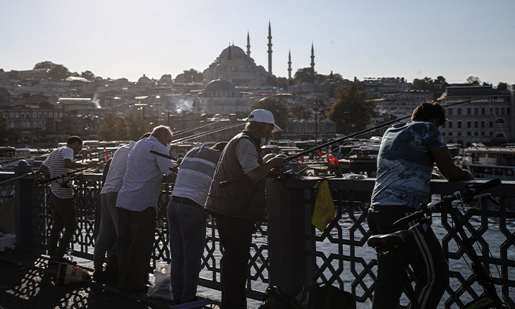 Istanbul sees 50 pct increase in COVID-19 cases in one month, minister says