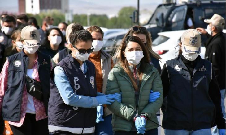 Turkey continues crackdown on HDP, arrests Kars Co-Mayor Şevin Alaca