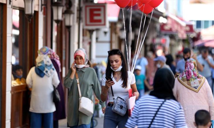 Only 2.5 pct of Turkish population immune to coronavirus, says expert