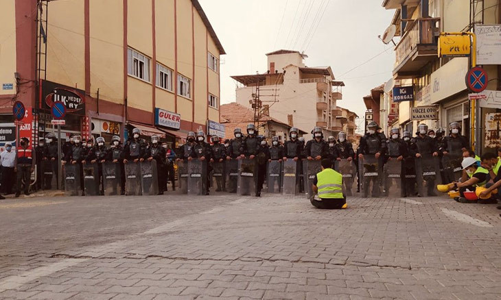 Turkish miners relaunch protest march: We yell because we're angry, hungry!