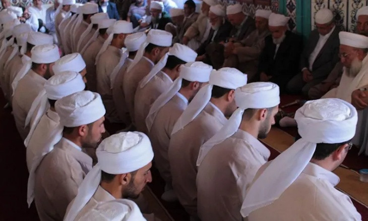 Over 45 percent of AKP voters want Islamic cults in Turkey to be shut down