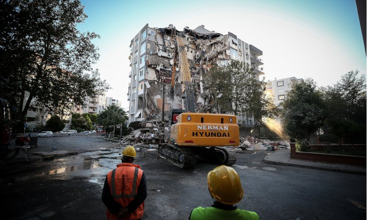 Building that collapsed in İzmir quake reported 'unsound' a decade ago